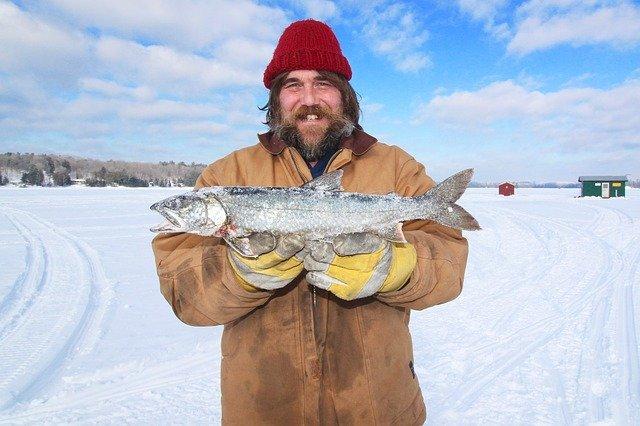 rybolov pod ledem